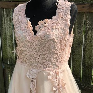 Dresses & Skirts - Blush Pink Tulle Party Dress Sz M